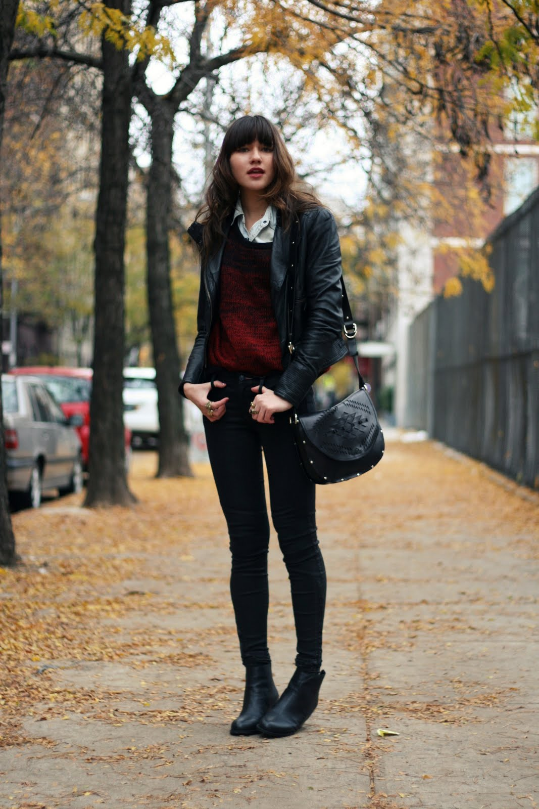 20 stylish ways to wear boots. The outfit possibilities with boots are endless and with this boot guide you'll see how to wear boots year round. For an ultra cool fall look wear black over-the-knee boots with a black leather jacket and black skinny jeans. To soften up the outfit add just a tad of white or a soft fabric like a knit. I wore a.